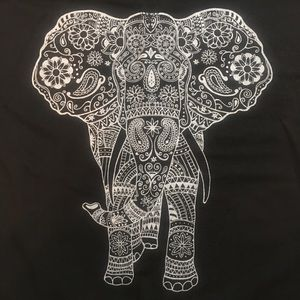 Tops - Long Sleeved Black Tee with Elephant L